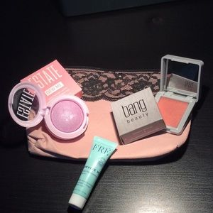Other - IPSY Make up bundle with cosmetic bag